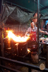 Cooked with charcoal fire this majestic, your plate of Hokkien Mee will have sufficient 火候!